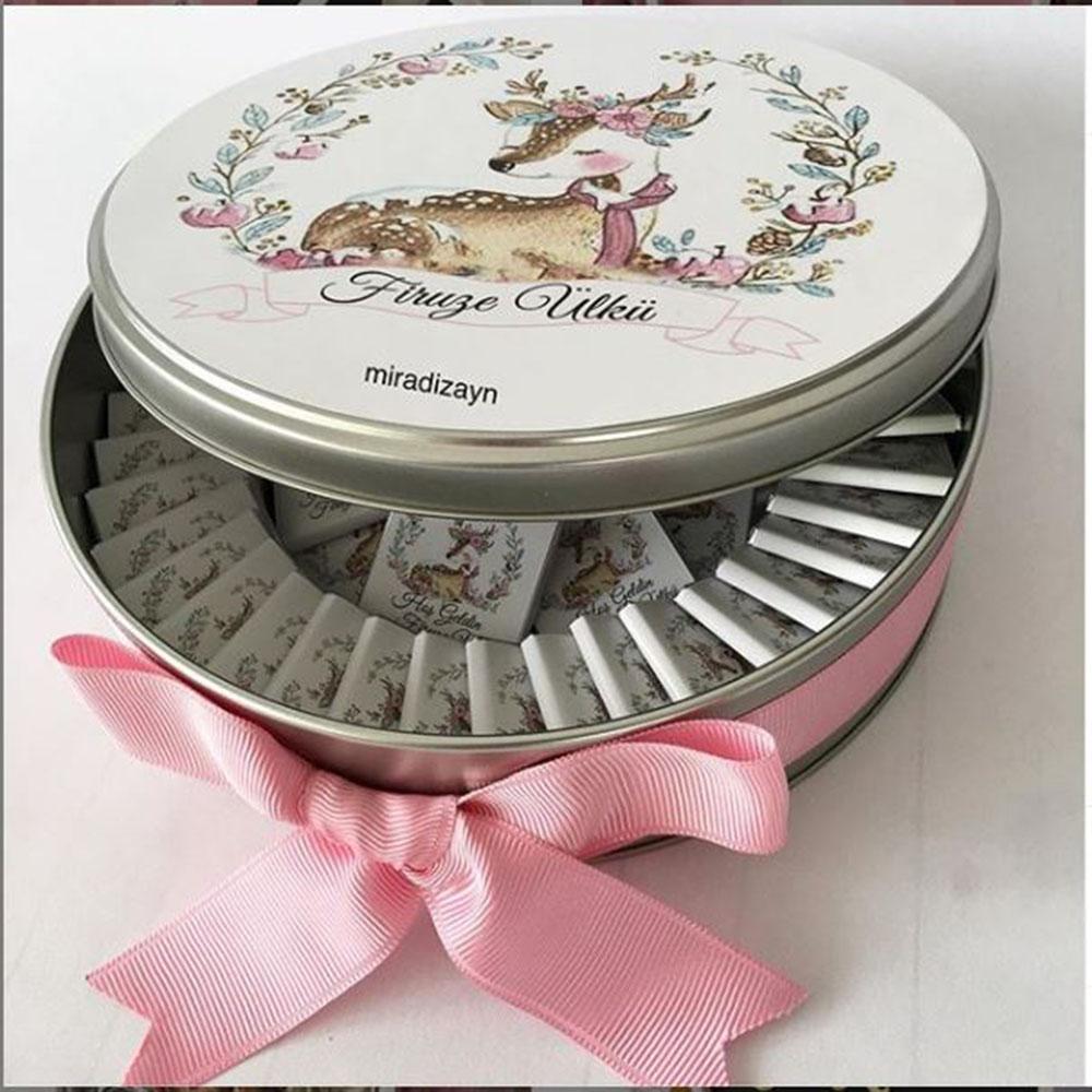 metal kutu  kız bebek çikolatası