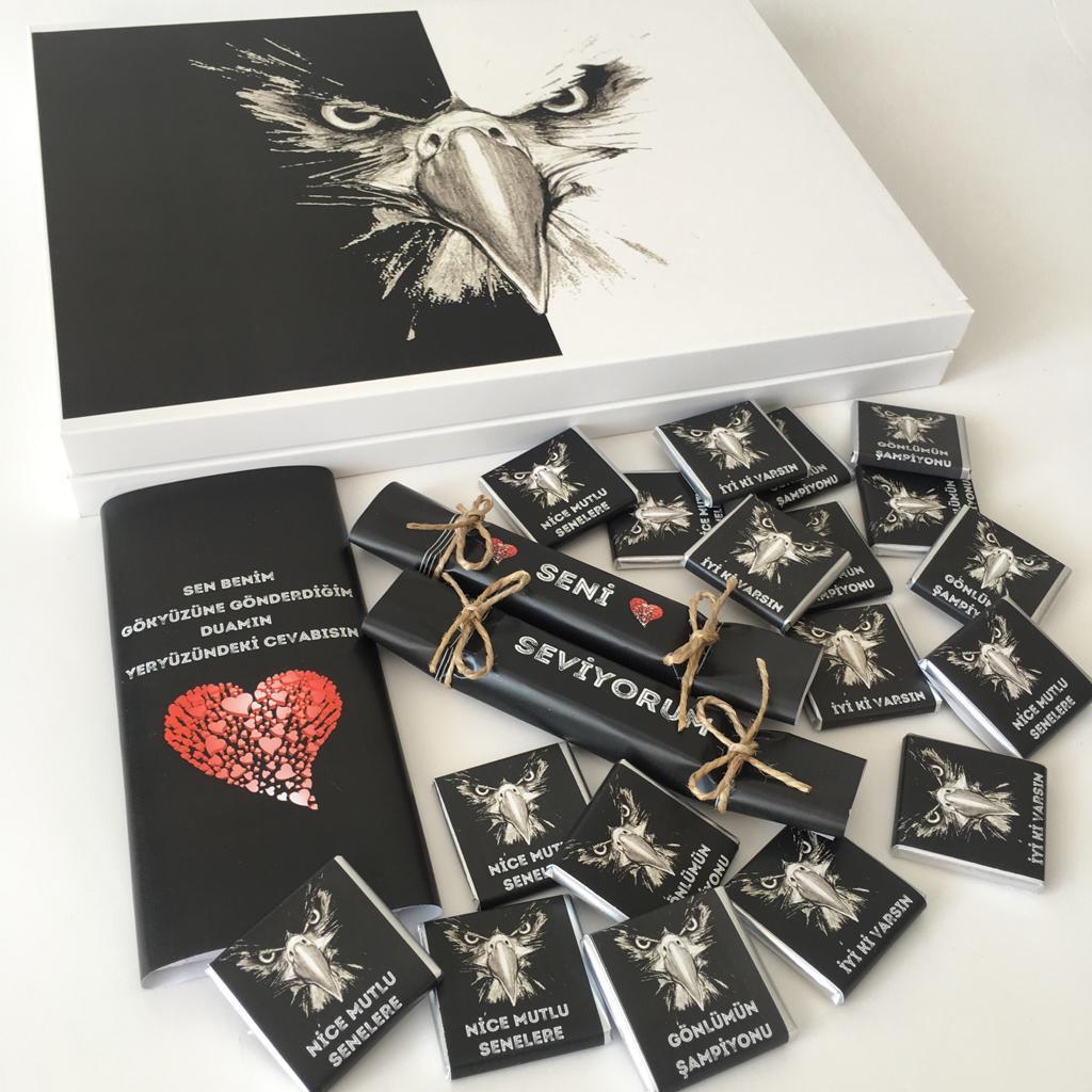 Sevgiliye doğum günü hediyesi taraftar çikolatası - siyah beyaz