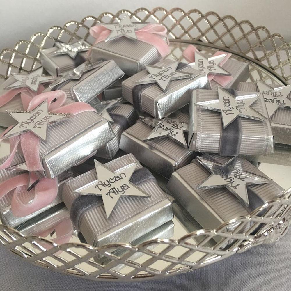 Kız Bebek Çikolatası-Pleksi Aynalı Yıldız