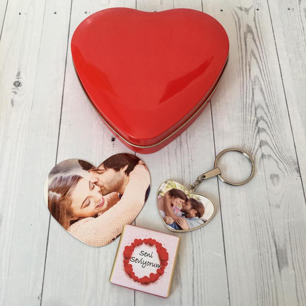 Sevgiliye Hediye Çikolatalı Metal Kalp Kutu