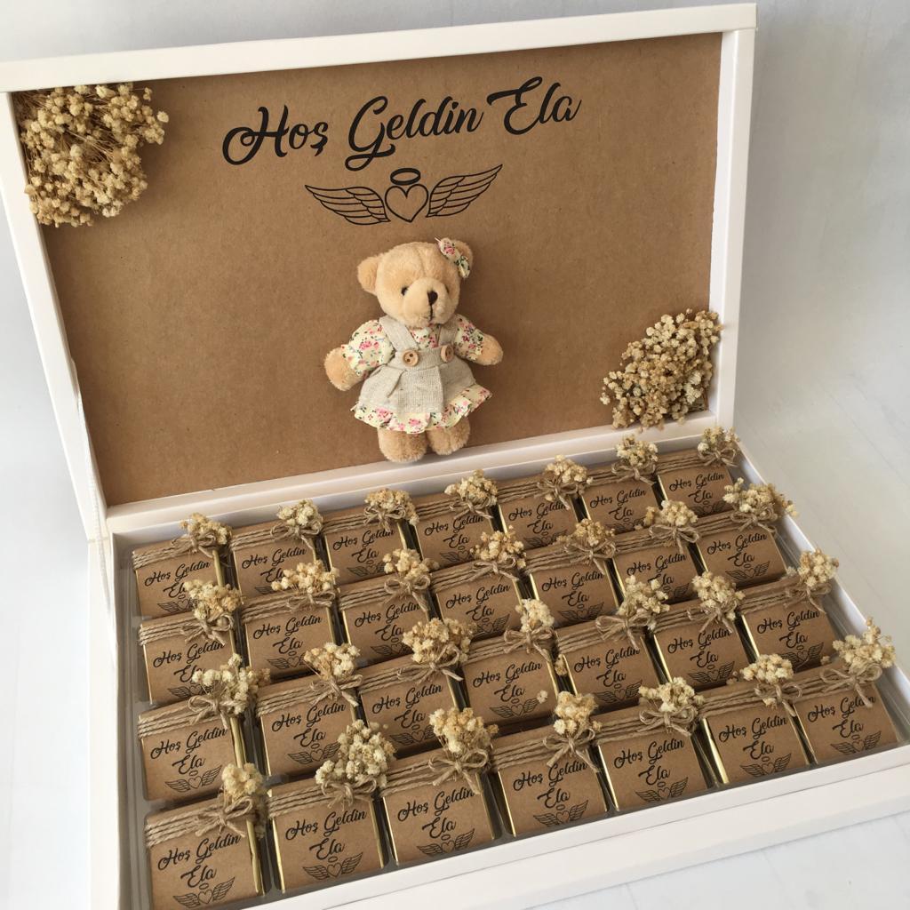 Ayıcıklı Kız Bebek Çikolatası
